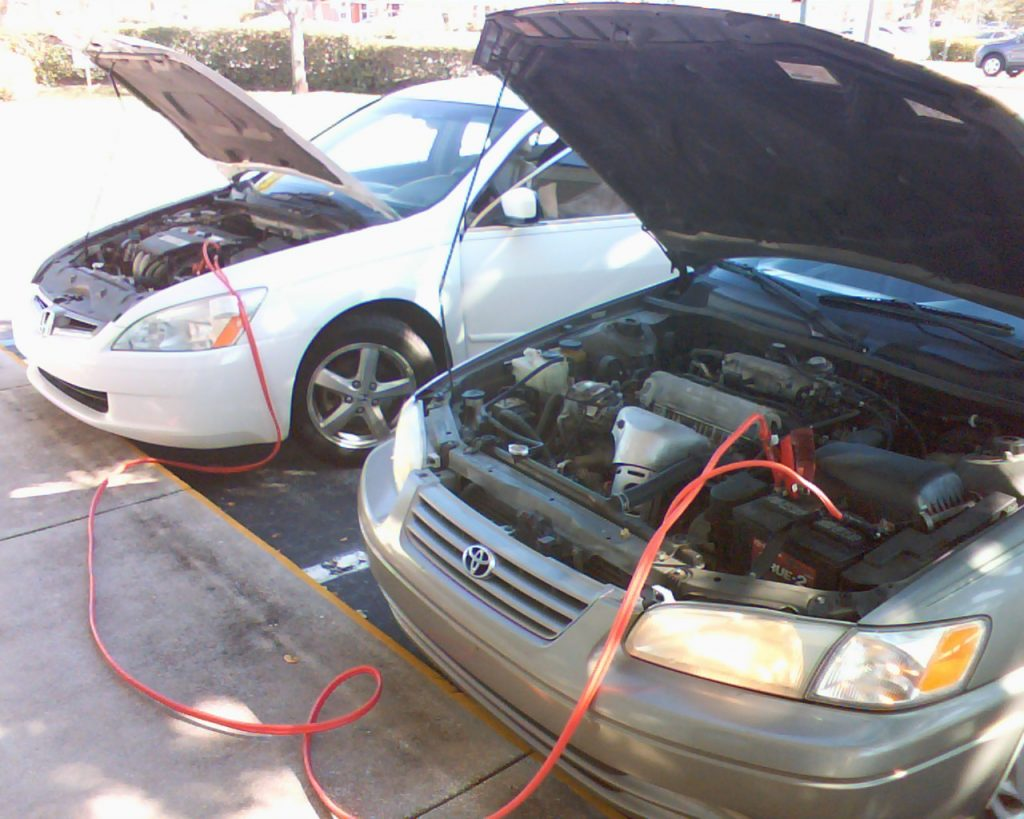 Paire de câbles de démarrage entre 2 voitures
