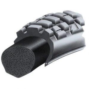 Un pneu avec un Bib mousse au lieu d'une chambre à air